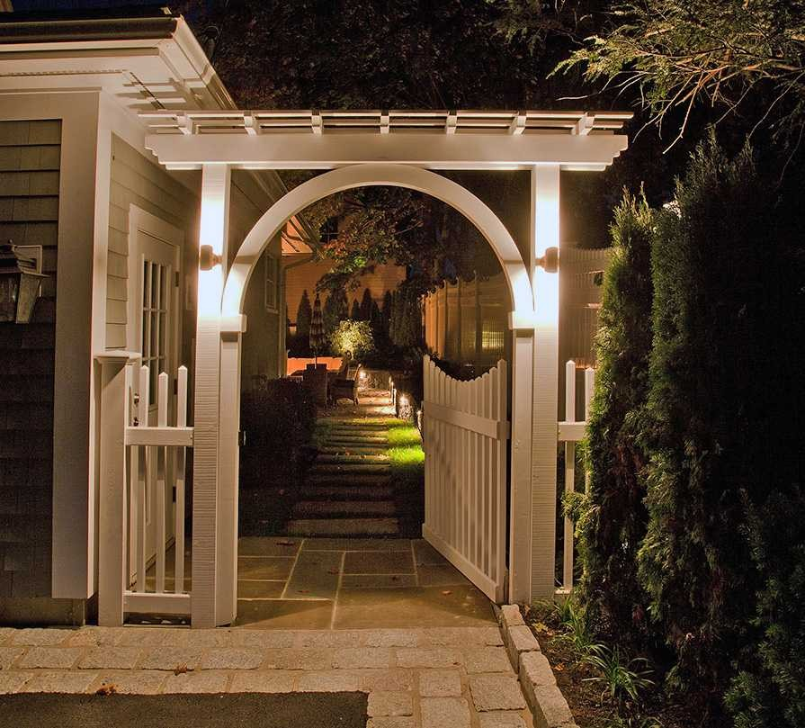 150-Garden Gate Lighting -MCF-9427